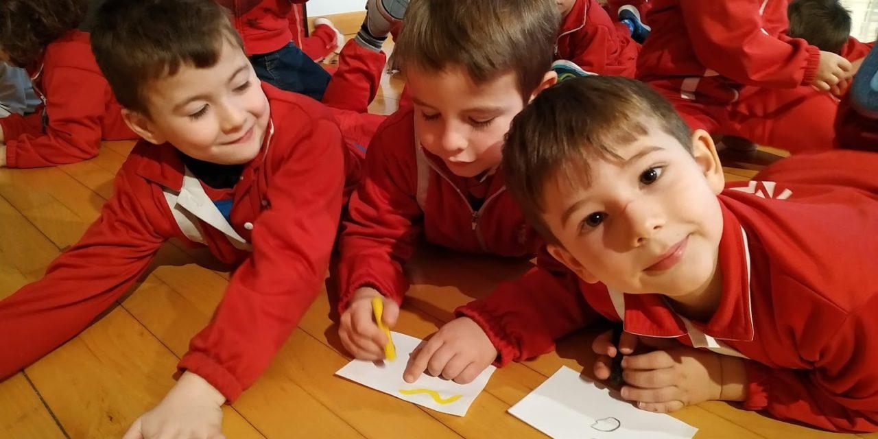 Los alumnos de P5 visitan el Museo de Arte Moderno de Tarragona
